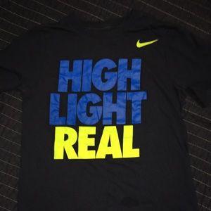 Nike t-shirt boys small